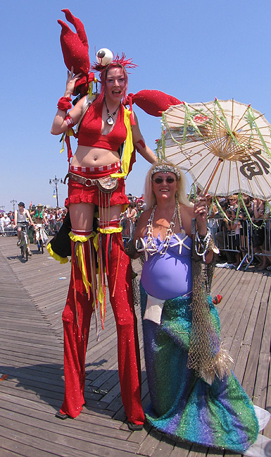 Ali Lobster with her mother mermaid